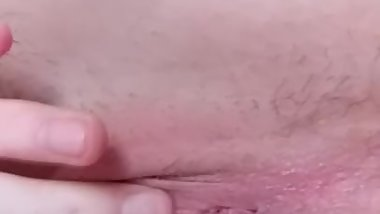 Fingerfucking my pussy