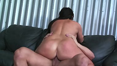 BIG BOOTY LATINA GETS FUCKED HARD BY GUYS HARD COCK