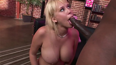 BIG TIT BLONDE MILF CARLY PARKER HAS BOTH HOLES FILLED WITH BBC