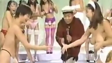 japanese naked tv game show(yakyuken)