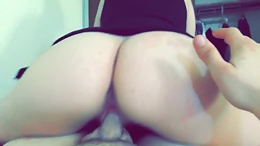 Girl wth Fat ass rides dick well