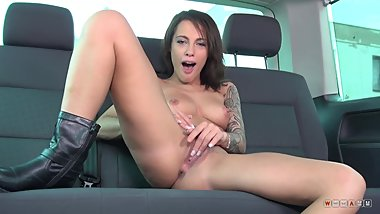 Naughty Nymph With Juicy Lips Fucks Herself In The Back Seat