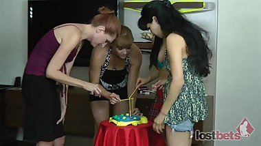 298-Strip-Snapper-with-Lakota-Hannah-Siren-and-Michelle-HD