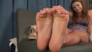 Teen Foot Joi