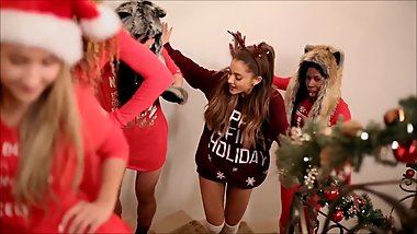 PMV Ariana Grande Santa Tell Me no sound version