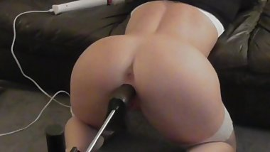 BLACKED ...STRETCHING MY TIGHT WHITE PUSSY WITH BBC