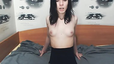 Petite hot Mellisa bouncing her tits to the lush 05082018