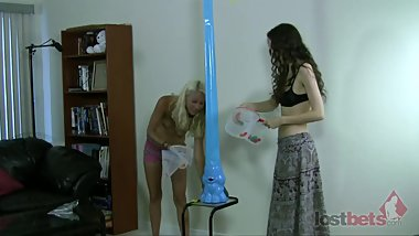 171-Strip-Elefino-with-Amberly-and-Lily-HD