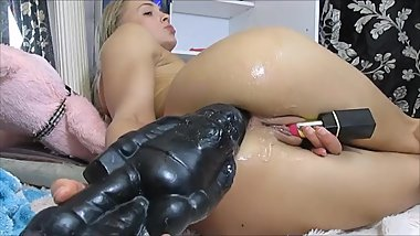 Huge Midget in her ass and she is going DEEP, wait for it