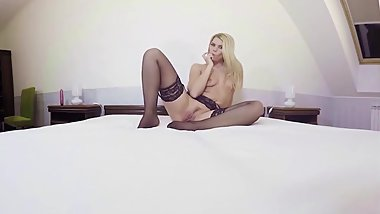 VRSexyGirlz.com Stockings and Dildos