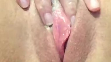 My girlfriend love cum/ Pussy close